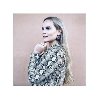 https://blondiebrowniesis.com|Carina @blondiebrowniesis
